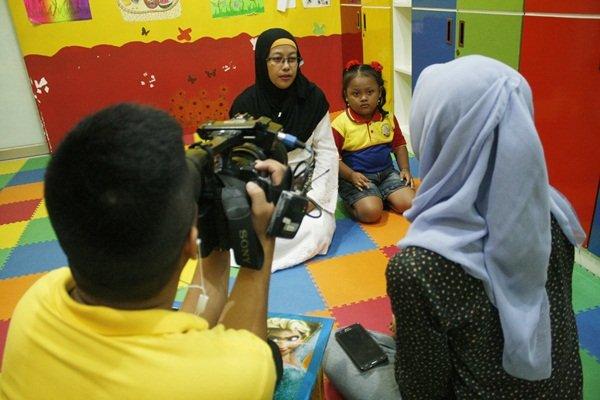 Wawancara NET TV dengan Orangtua