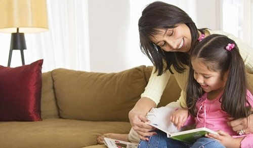 Sulit Meningkatkan Minat Baca Anak? Ada Tips Mudah Lho!