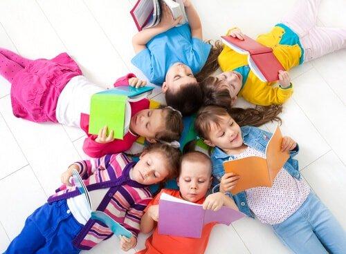 Peran Orang tua, Pemerintah dan Lembaga Pendidikan dalam Menumbuhkan Minat Baca