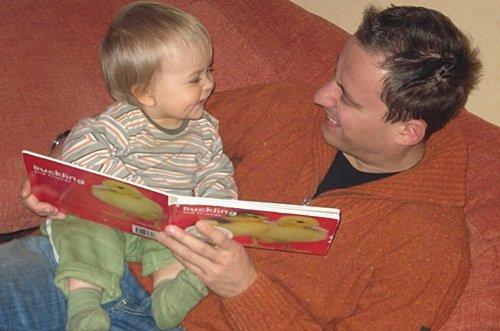 Membaca sebagai Aktifitas Favorit Anak