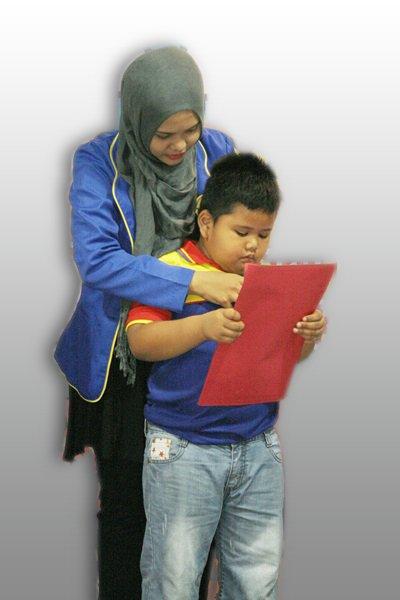 Berhenti Memaksa Anak Belajar