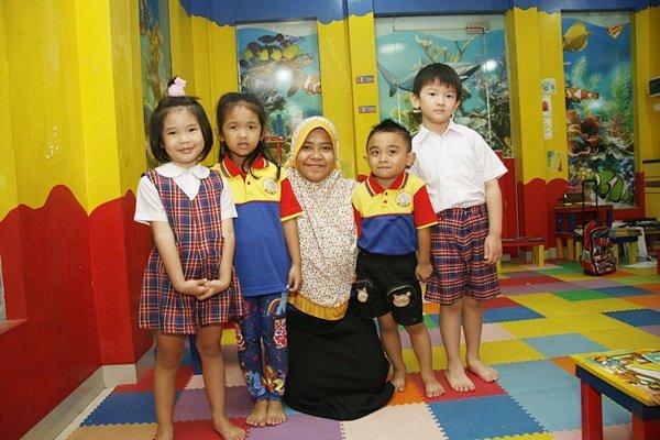 Kimy dan Teman-teman Senang Belajar di biMBA