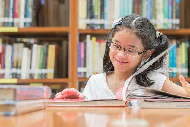 anak senang membaca