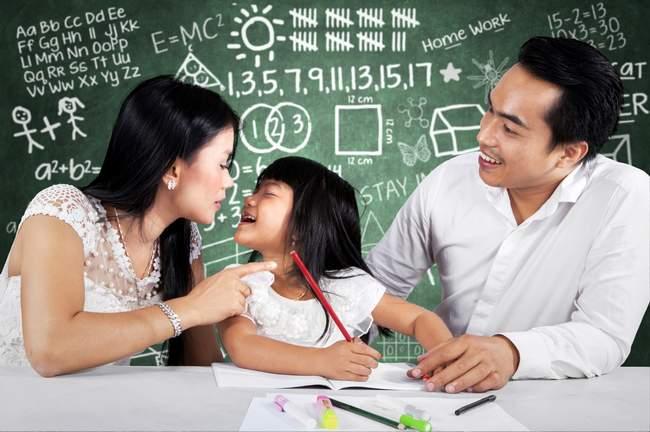 Menjadi Orang Tua yang Peka Terhadap Perkembangan Anak