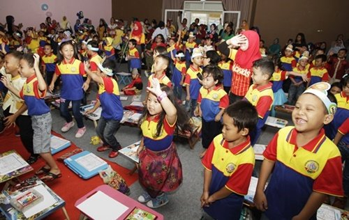 Antusiasme murid biMBA Taruna Jaya mengikuti acara