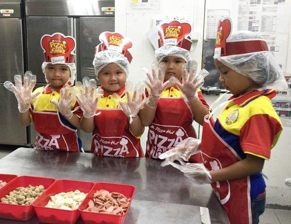 Murid biMBA Sukabumi Belajar di Dapur