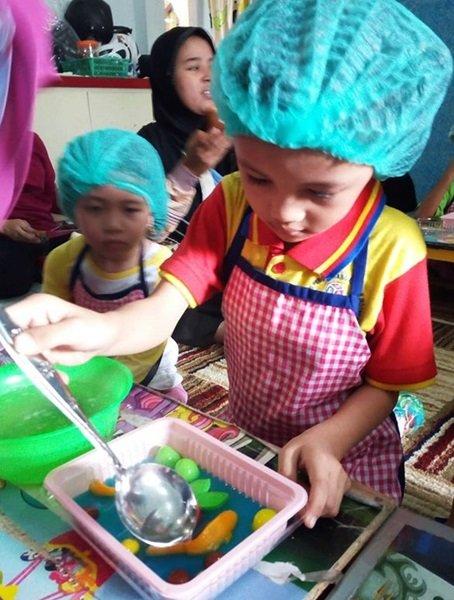 Tingkatkan Kreativitas, biMBA Menanggal Adakan Cooking Class