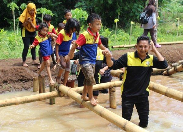 Outbound Parenting Keluarga Besar biMBA Purworejo