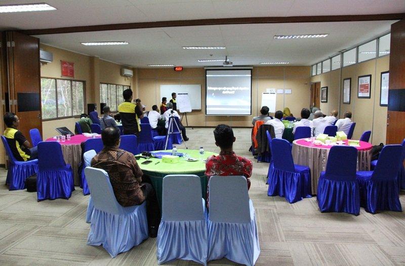 Suasana acara sosialisasi biMBA di Holcim Indonesia
