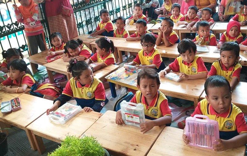 Antusiasme murid biMBA Agus Salim mengikuti kegiatan pentas baca