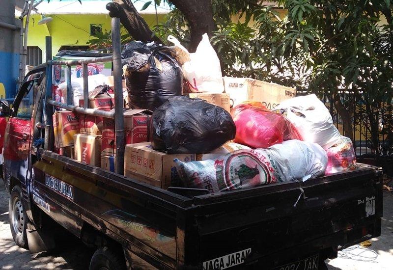 Pengumpulan donasi oleh keluarga besar biMBA Kebantenan