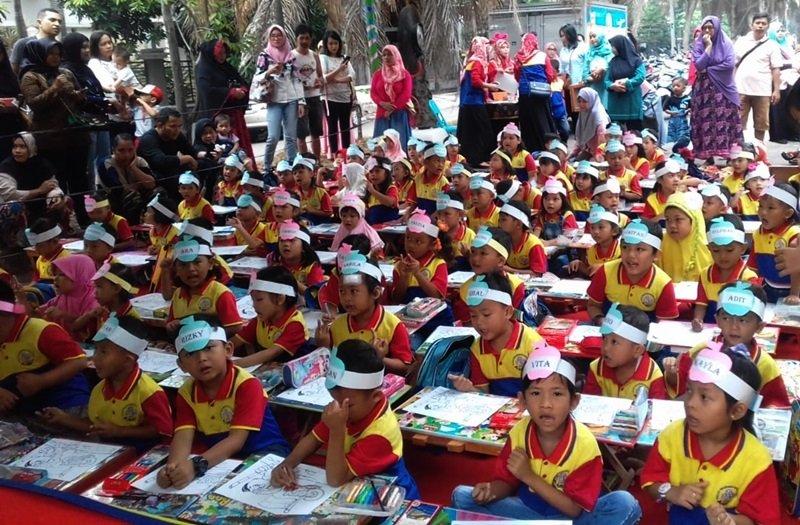 Pentas Baca Buat Anak Lebih Mandiri dan Percaya Diri