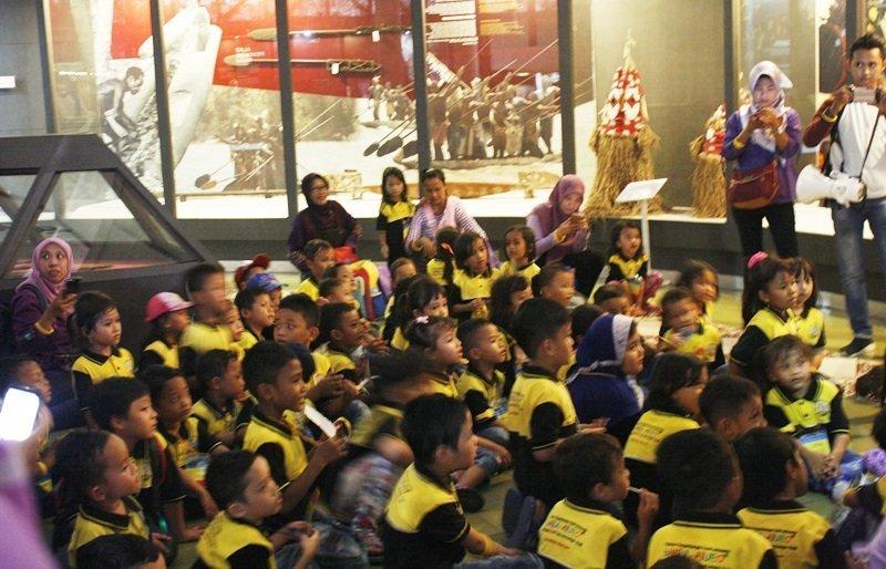 Mengunjungi Museum Asmat