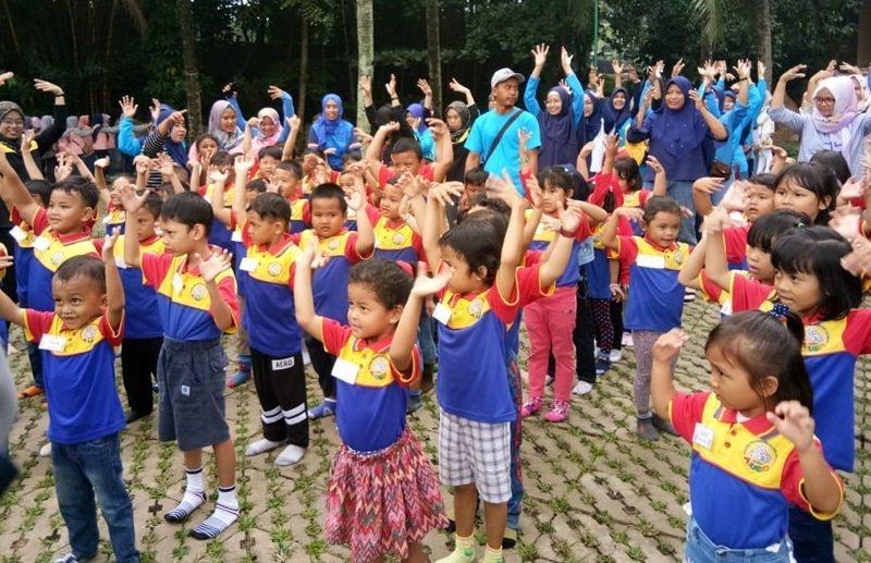 Antusiasme keluarga besar biMBA Griya Bukit Jaya mengikuti kegiatan