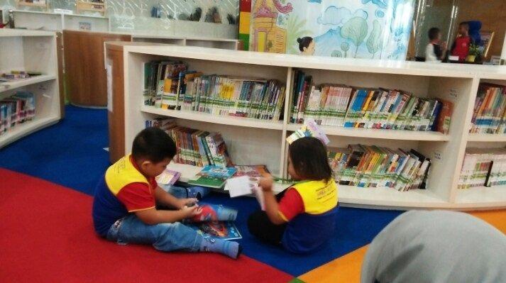 Wisata Buku di Perpustakaan Nasional