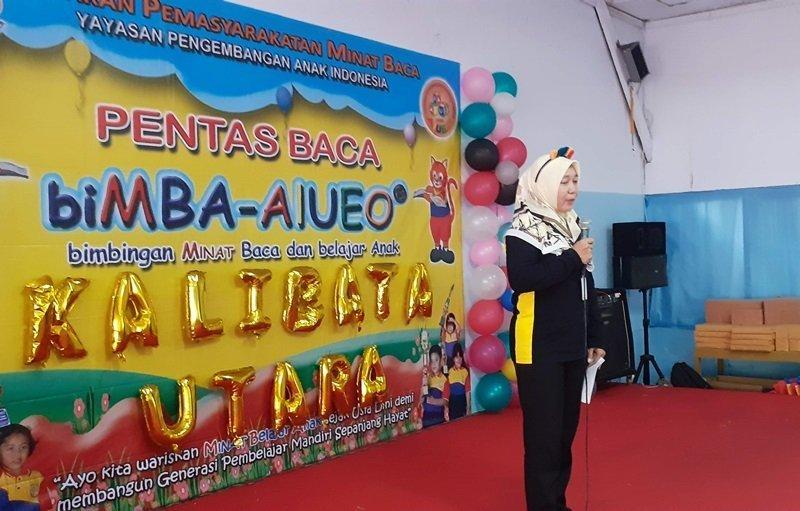 Sambutan Ibu Een, Kepala Unit biMBA Kalibata Utara, pada acara Pentas Baca.