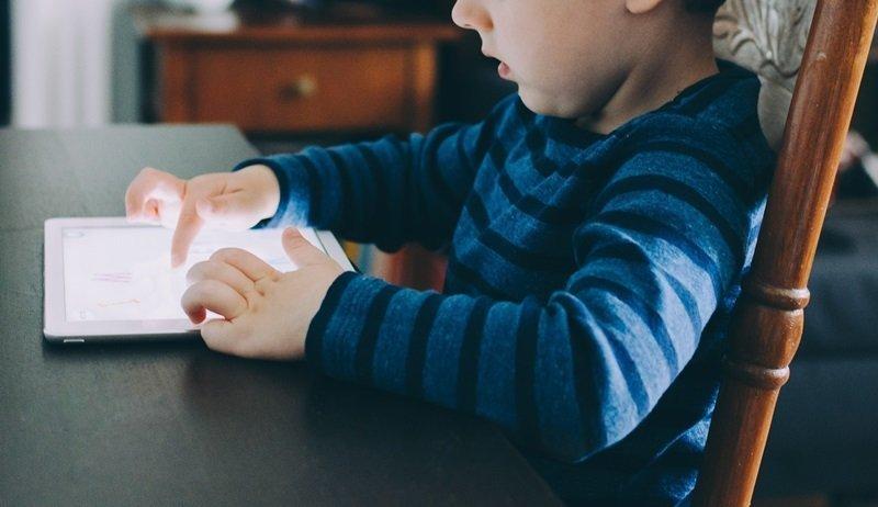 Permainan yang Dapat Mengalihkan Anak dari Gadget