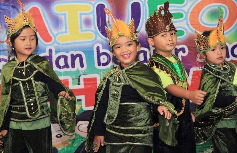 Luar biasa anak-anak biMBA ini tampil dengan penuh percaya diri.