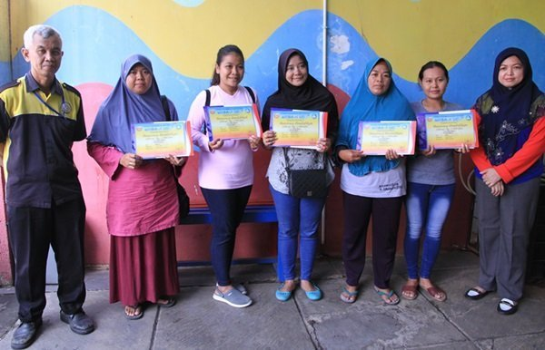 Lima Murid biMBA Mendapat Beasiswa Pendidikan