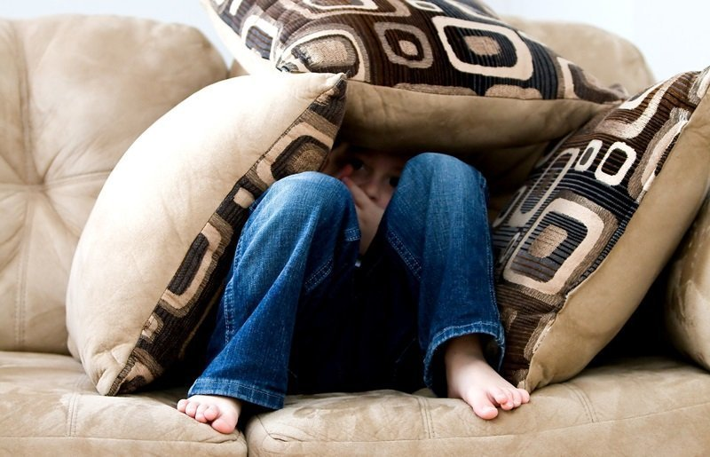 Kiat Menyikapi Rasa Takut dan Trauma Pada Anak