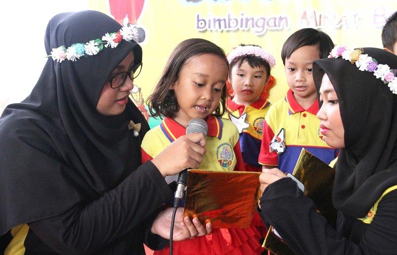 Berani Tampil di Pentas Baca biMBA Jati Mulya Regency