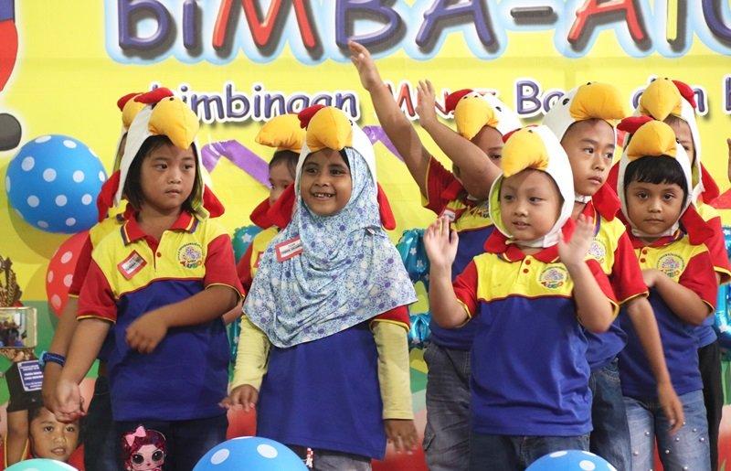 Tarian yang dibawakan murid-murid biMBA Rajeg.