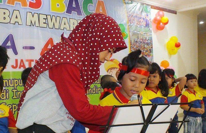 Pentas baca murid biMBA Jati Padang.