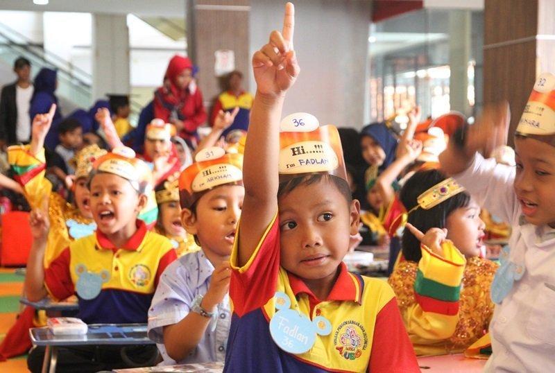 Antusiasme murid biMBA Syakira mengikuti kegiatan pentas baca.